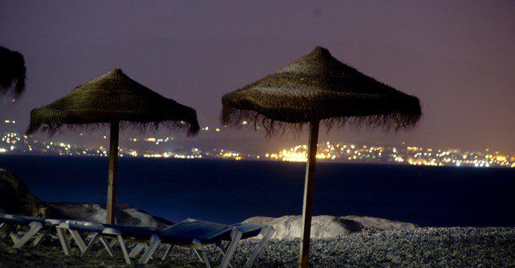 Manilva de noche. Ida Myrvold (Flickr)
