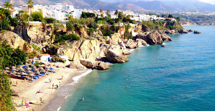 Cala en Nerja. Nick Kenrick (Flickr)