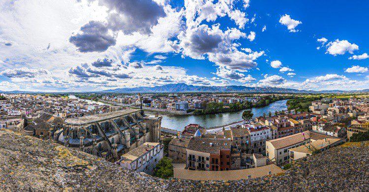 Tortosa, a orillas del Ebro. Tanaonte (iStock)