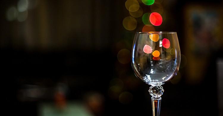 Fiesta con copa vacía (Dani_vr, Foter)