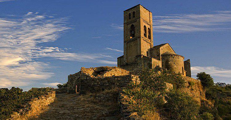 Vistas de la iglesia de Montañana