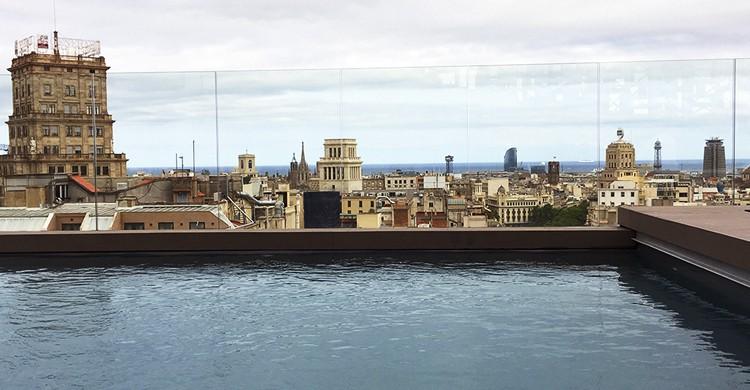 Vistas al mar desde la azotea (Miguel Á. Palomo)