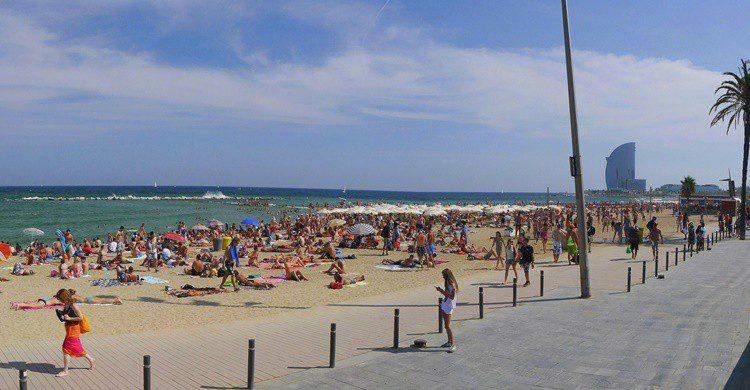 Playa de la Barceloneta en Barcelona. Ronny Siegel (Flickr)
