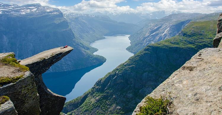 Vistas de fiordos en Noruega