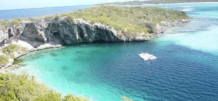 agujero azul Dean en Bahamas