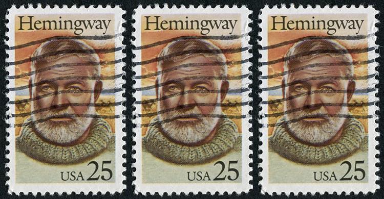 Sellos con la cara del escritor Ernest Hemingway
