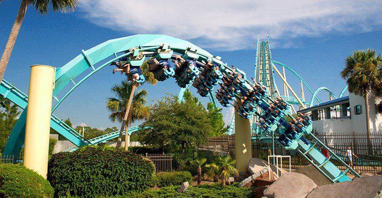 Montaña rusa Kraken en SeaWorld Orlando