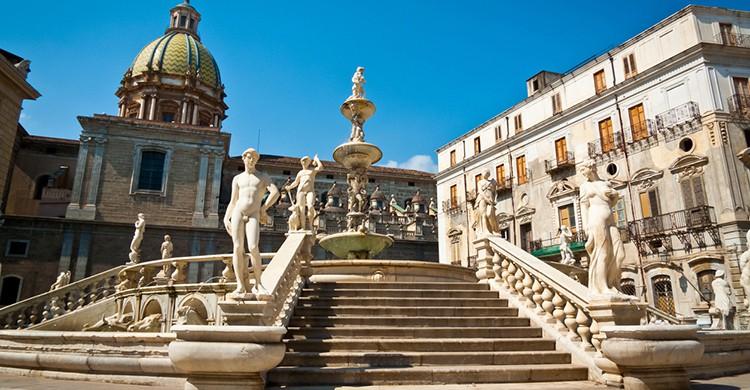 Escalinata en Piazza Pretoria, Palermo