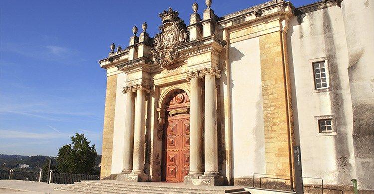 la Biblioteca Joanina, un imprescindible de Coimbra (Istock)