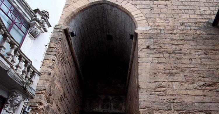 Arco de Almedina (Alex Ristea, Foter)