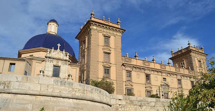 Fachada del Museo de Bellas Artes San Pío V