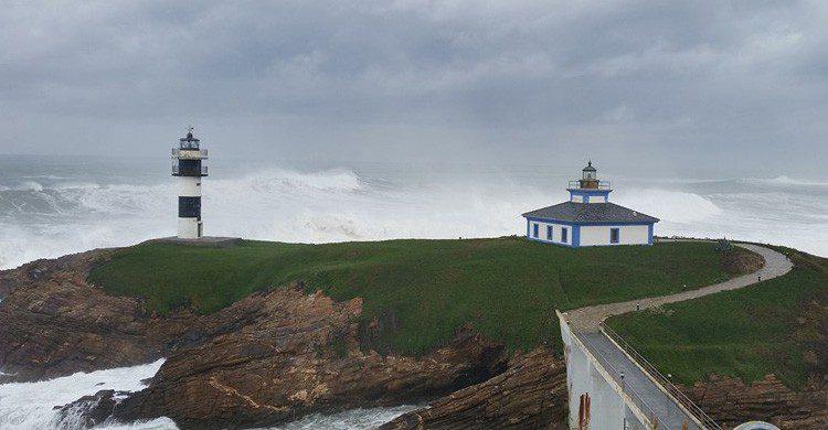 El Faro Isla Plancha en Galicia (Fuente: Facebook Faro Isla Plancha)