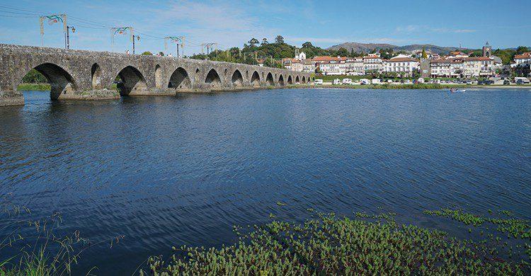 Puente en Ponte de Lima, Portugal