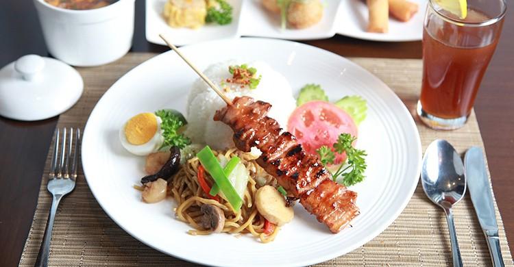 Cerdo con verdura