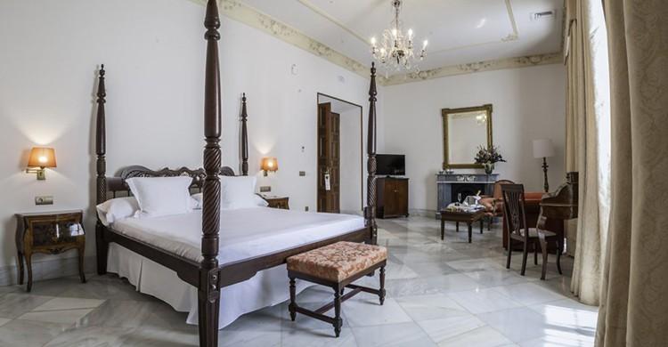 Una suite del Hotel Duques de Medinaceli, en el Puerto de Santa María
