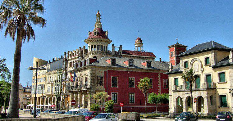 Pueblo gallego de Ribadeo, junto a la ría Eo (Fuente: José Luis Cenadas Iglesias / Flickr)