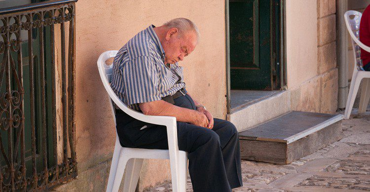 Una buena siesta siempre sienta bien (Fuente: neekoh.fi / Flickr)