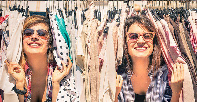 Más de un tercio de la población están contentos con sus compras sin inconvenientes (iStock)