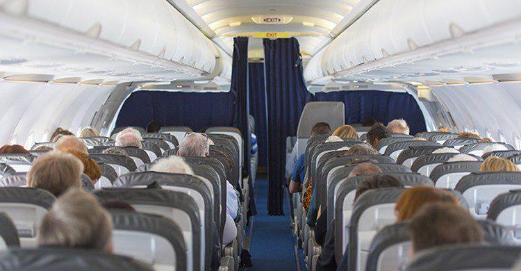 Los pasajeros rezaban y quedaban en silencio ante el pánico (iStock)