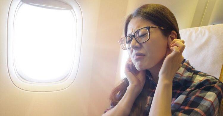 Presión de tímpanos en el avión (istock)