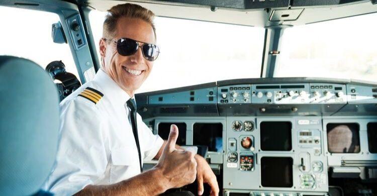 Es imposible que se abra la puerta de un avión en pleno vuelo (istock)