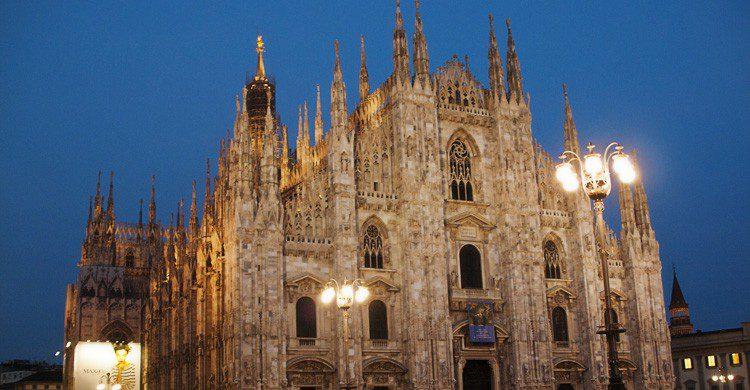 El famoso Duomo de Milán en Italia (Fuente: Kevin Poh / Flickr)