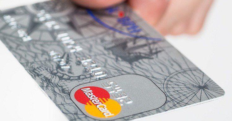 La tarjeta de crédito siempre es una ventaja en viajes al extranjero (Fuente: cafecredit,com / Flickr)