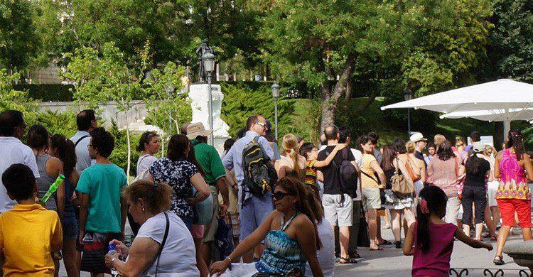 Colas en el Museo del Prado son habituales en verano (Fuente: David Gordillo / Flickr)