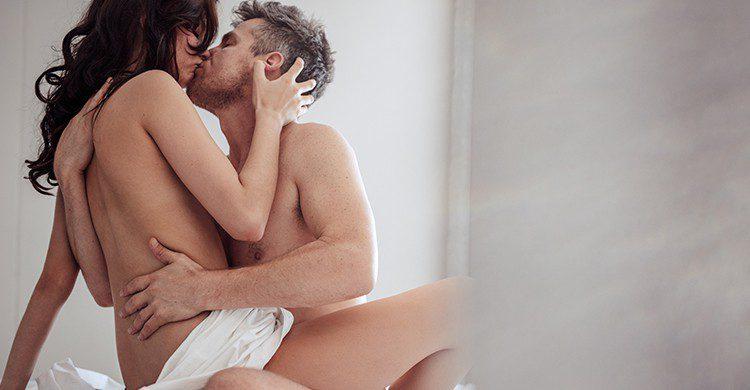 """El 40% de las encuestadas afirma que cuando están en una habitación de hotel se vuelven """"más aventureras sexualmente"""" (iStock)"""
