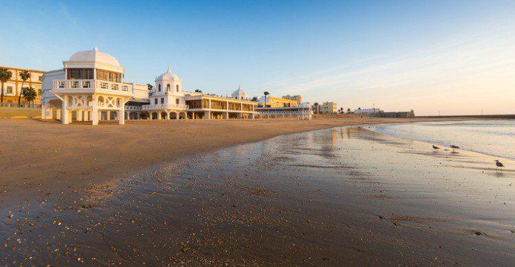 Playa de la Caleta en Cádiz (Fuente: iStock)