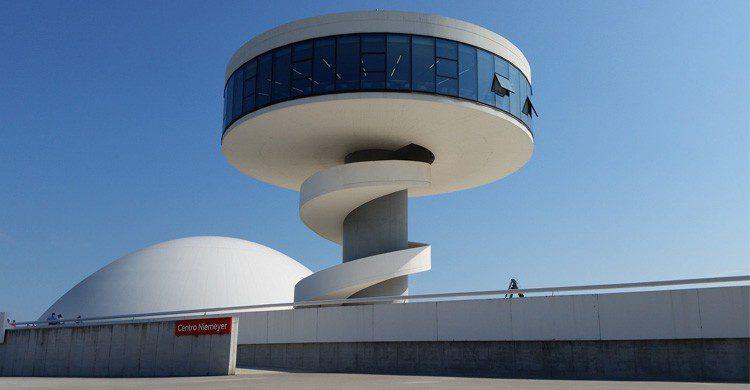 El Centro Niemeyer de Avilés (Fuente: Michel Curi / Flickr)