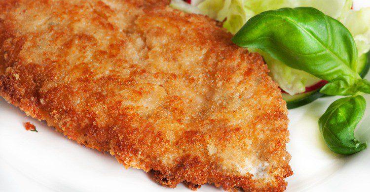 Pollo empanado, fácil y rico (Fuente: iStock)