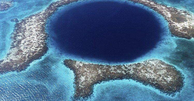 Belice y sus extraordinarias aguas otro lugar perfecto para los amantes del mundo submarino(Istock)