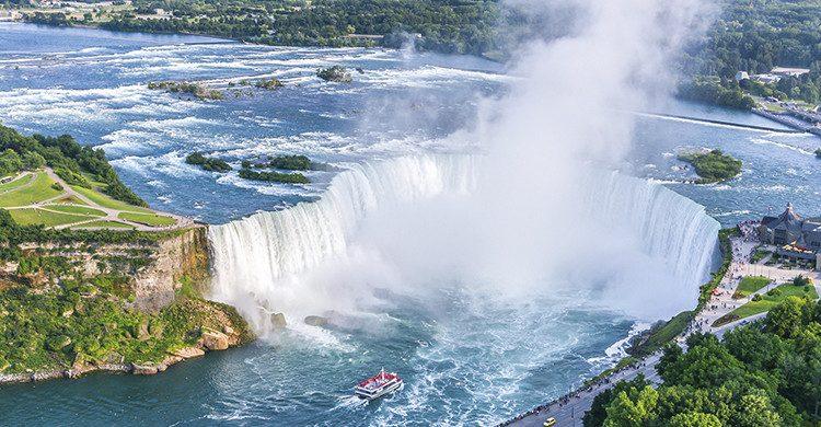 Las Cataratas del Niágara se encuentran en Ontario, y son visitadas por millones de turistas (istock)