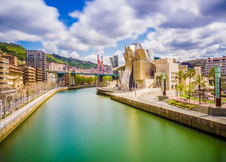 ¿Qué tal una ruta de pintxos por Bilbao? Foto: iStock